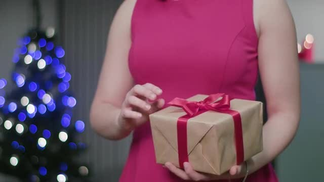 Opening The Gift Box: Stock Video