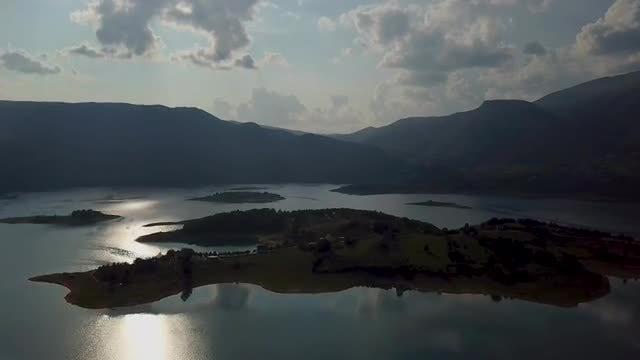 Beautiful Lake On Sunny Day: Stock Video