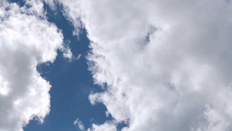 Blue Sky Clouds: Stock Video