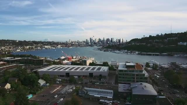 Wide-angle Shot Of Lake Union: Stock Video