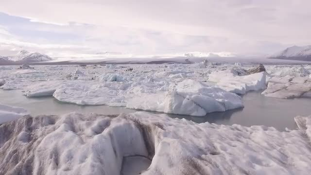 Aerial Shot Of Icebergs: Stock Video