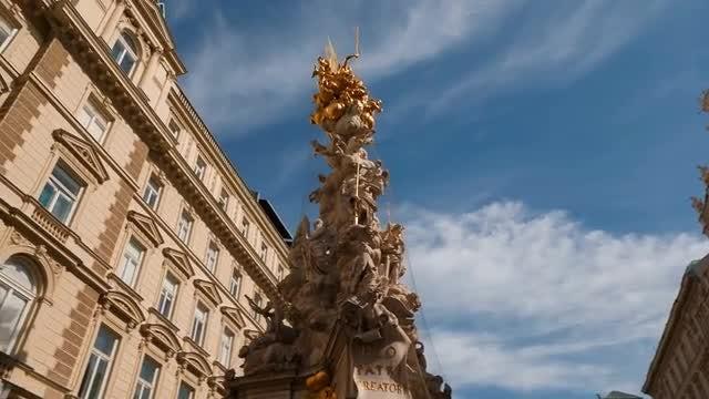 Revolving Shot of The Trinity Column: Stock Video