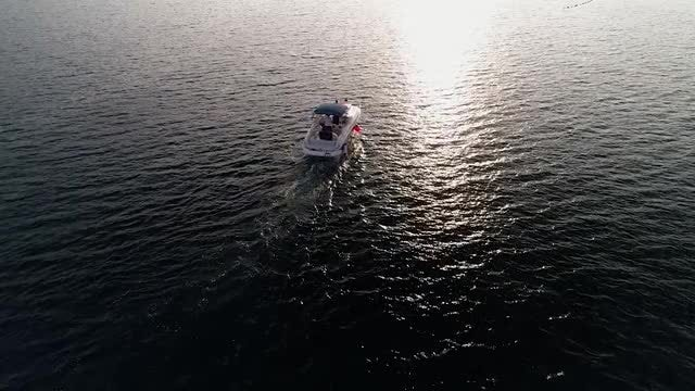 Aerial Shot Of Speed Boat: Stock Video