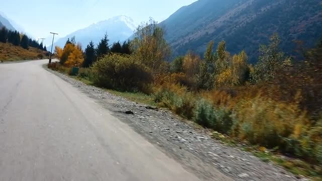 Up The Mountains During Autumn: Stock Video