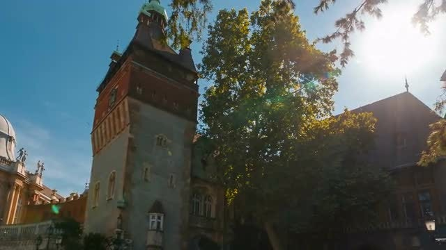 Establishing Shot Of Medieval Castle: Stock Video