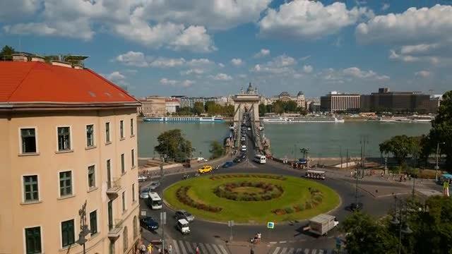Adam Clark Square In Budapest: Stock Video