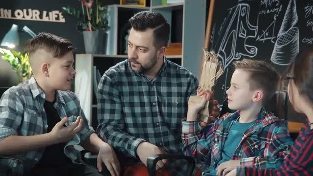 Teacher And Kids Discuss Robotics: Stock Video