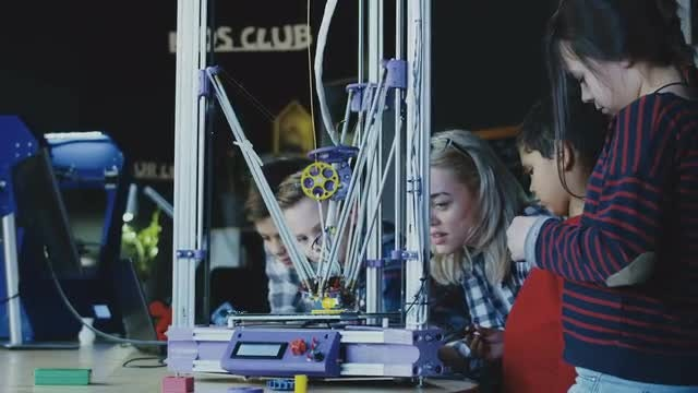 Kids Studying 3D Printing Process: Stock Video