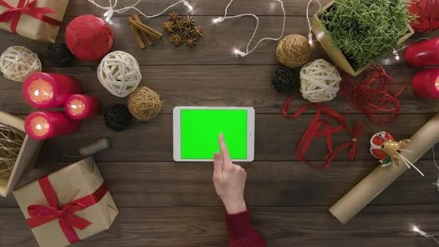 Overhead Shot Of Digital Tablet: Stock Video