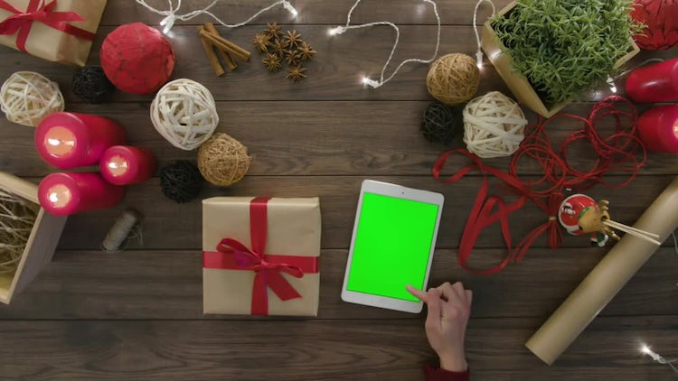 Green Screen Tablet At Christmas: Stock Video