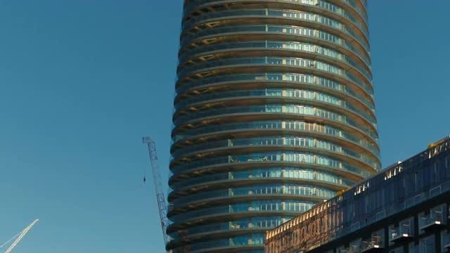 London Docklands District: Stock Video