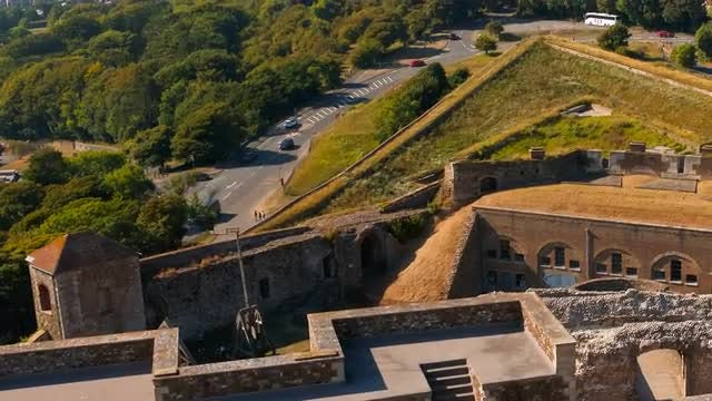 Aerial Shot Of Dover Castle: Stock Video
