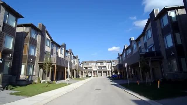 New Luxury Estates: Stock Video