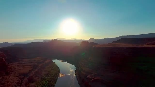 Early Morning Over The Canyonlands: Stock Video