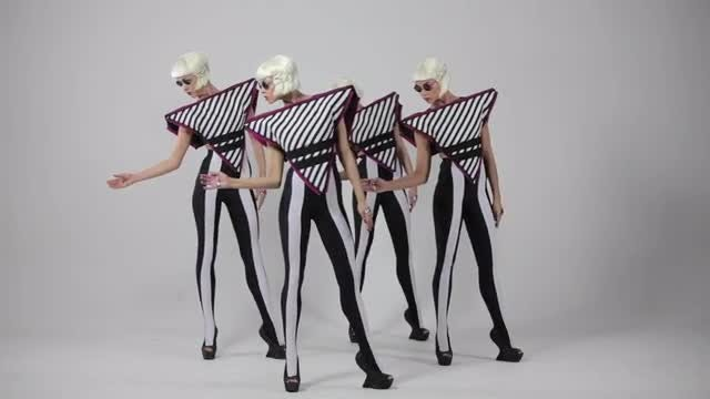 Cloned Girls Dancing: Stock Video