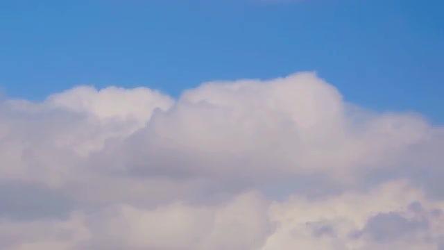 Big Clouds: Stock Video