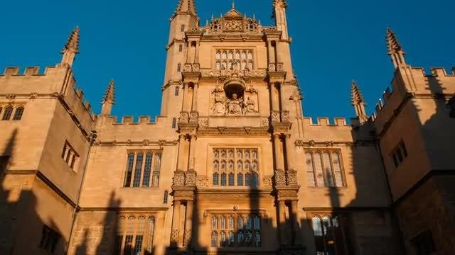 Establishing Shot Of Bodleian Library: Stock Video