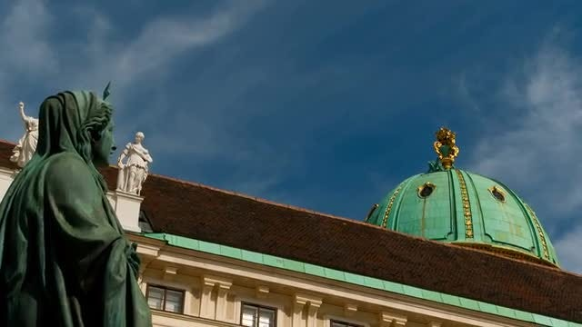 Detail Shot Of Hofburg Palace In Vienna: Stock Video