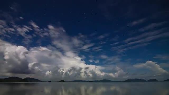 Turbulent Night Sky: Stock Video