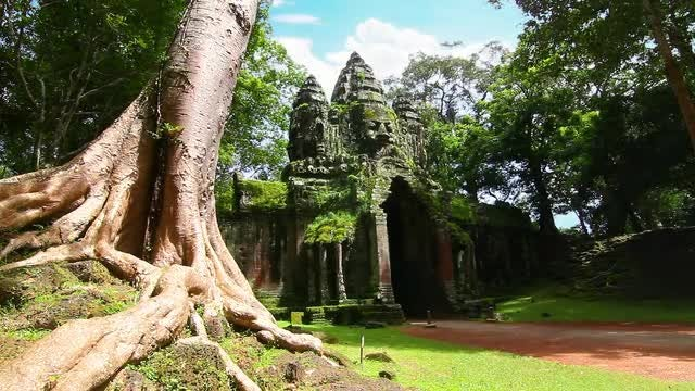 Angkor Thom Temple Time Lapse: Stock Video