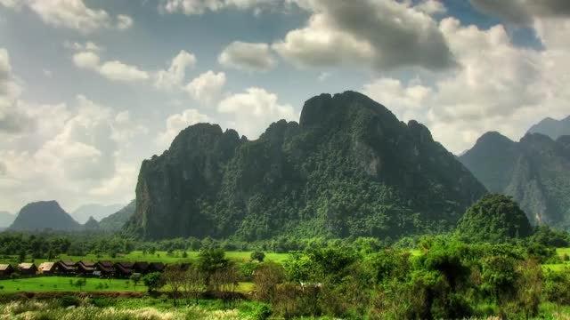 Time Lapse Of Rocky Landscape: Stock Video