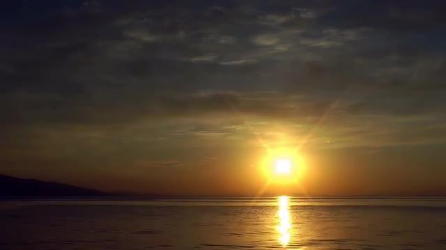 Sunset On The Sea: Stock Video