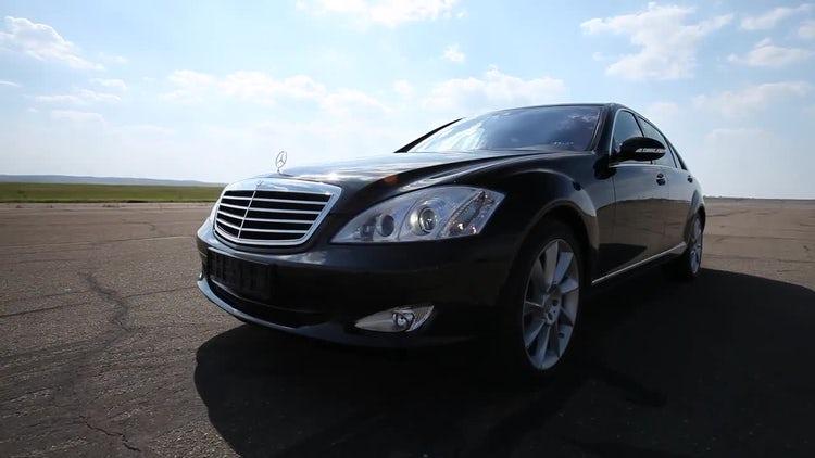 Black Luxury Car: Stock Video