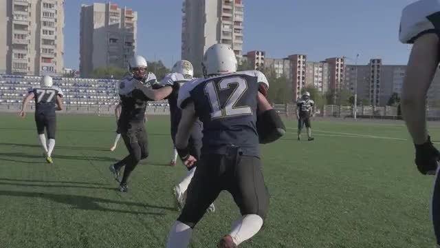 Quarterback Runs: Stock Video