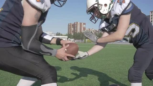 Football Game: Stock Video