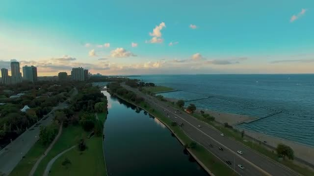 Aerial Along Chicagos Lakefront Parks: Stock Video