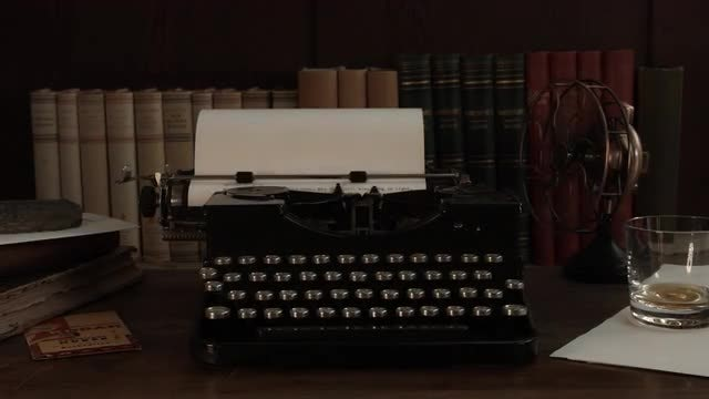 The Typewriter: Stock Video
