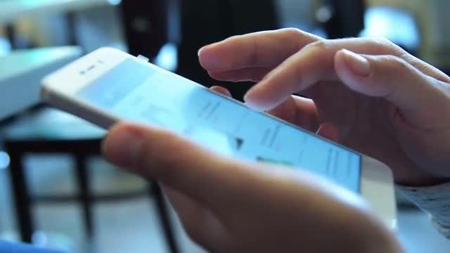 Online Shopping: Stock Video