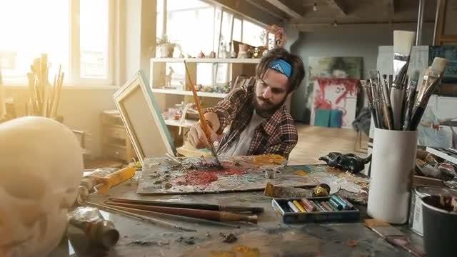 Painter Creates Picture: Stock Video