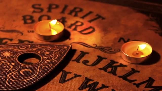 Witchcraft Ouija Spirit Board Rotating: Stock Video
