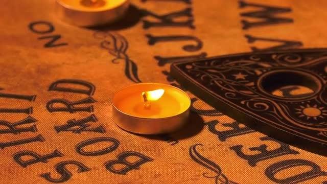 Ouija Spirit Board Rotating: Stock Video
