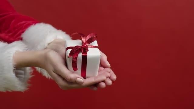 Christmas Present: Stock Video