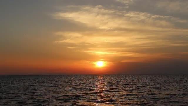 Yellow Sea Sunset  With Skyline: Stock Video