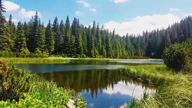 Timelapse Mountain Lake: Stock Video