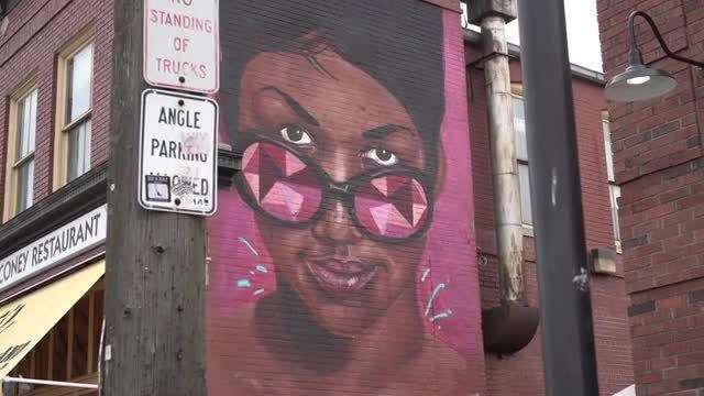 Street Art Graffiti: Stock Video