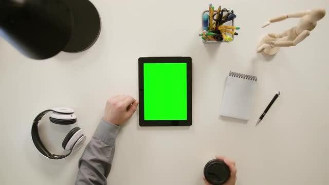 Finger Scrolling Tablet: Stock Video