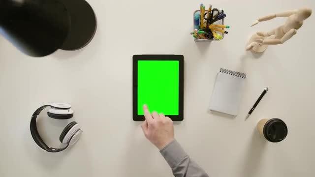 Finger Clicks On Lower Left: Stock Video