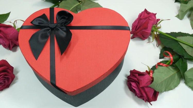 Romantic Gift: Stock Video