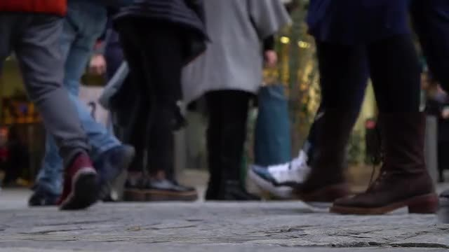 People On Busy Street: Stock Video