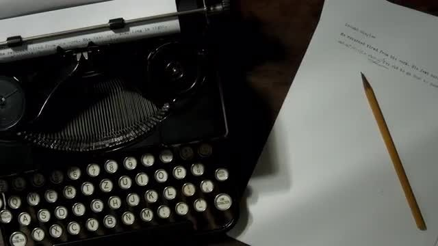 Typewriter: Stock Video