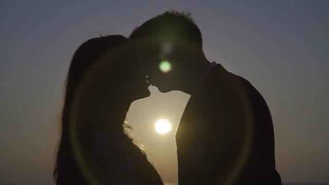 Kiss Me: Stock Video