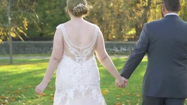 Newlyweds: Stock Video