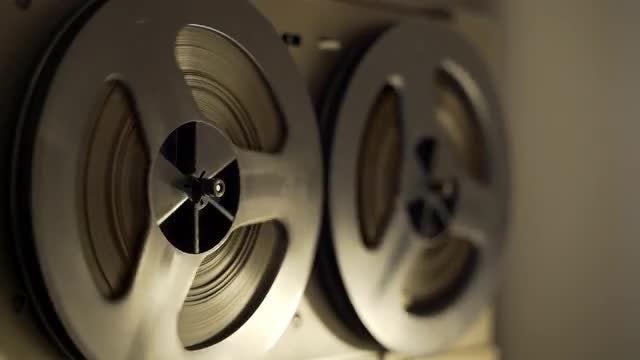 Reel To Reel Tape Deck: Stock Video