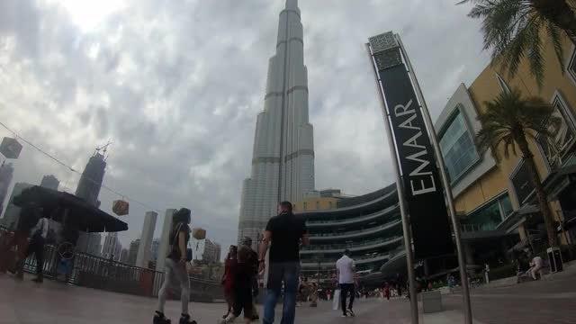 Time Lapse Of Burj Khalifa: Stock Video