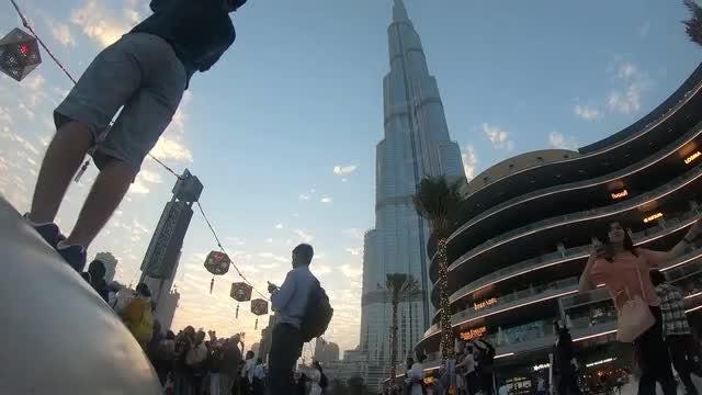Burj Khalifa: Stock Video