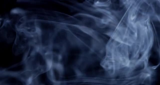 4k Smoke Wisp 03: Stock Video